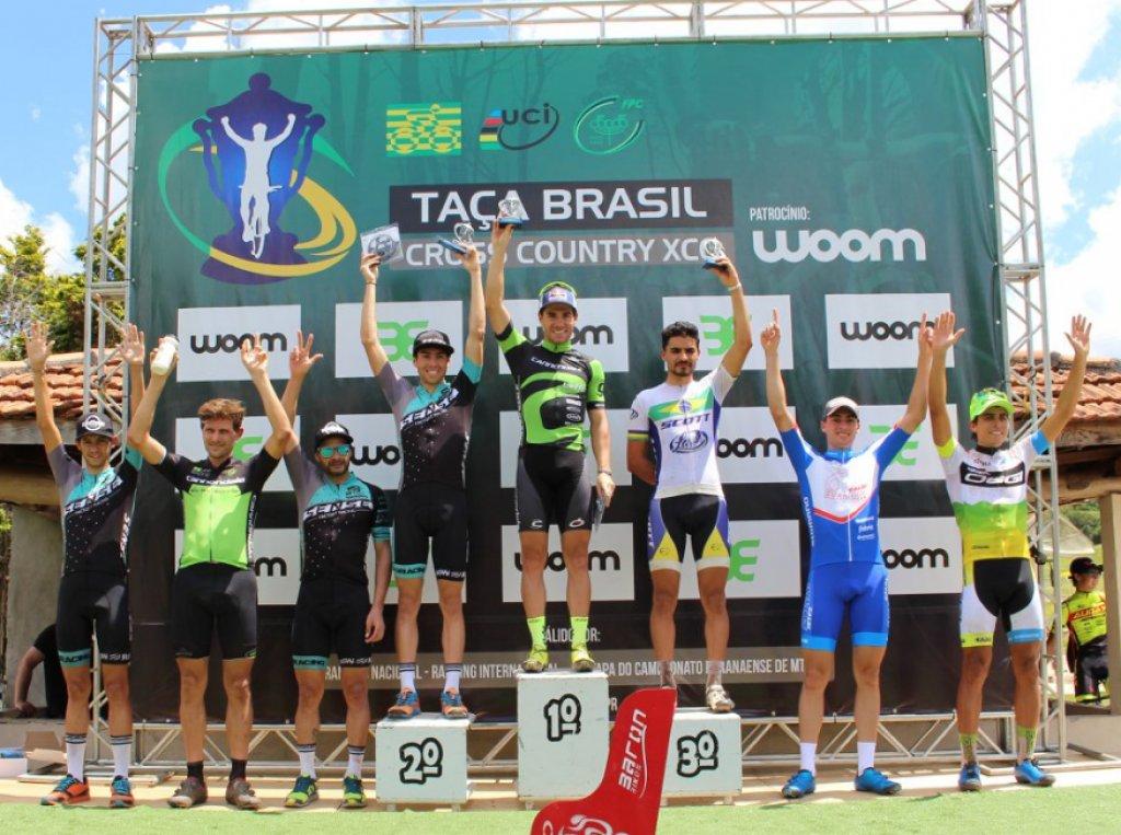 Henrique Avancini e Leticia Cândido vencem Taça Brasil de MTB XCO em Campo Largo (PR)
