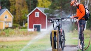 lavar a bike