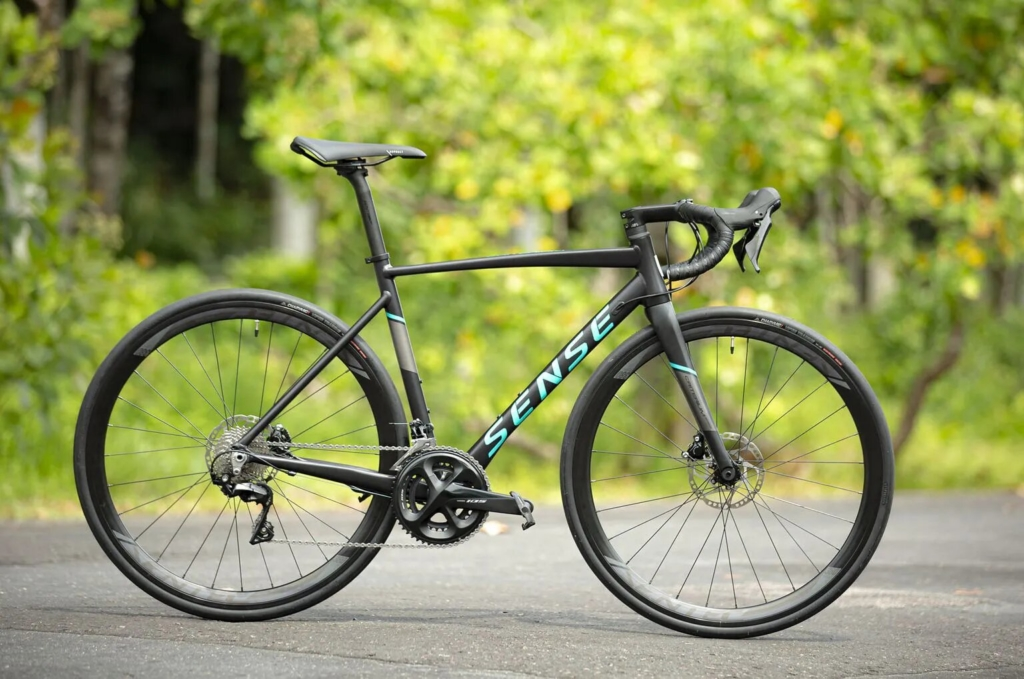 criterium bike de estrada